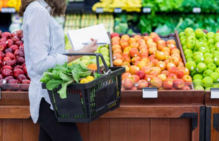 5 Items You Must Buy Only From Grocery Store