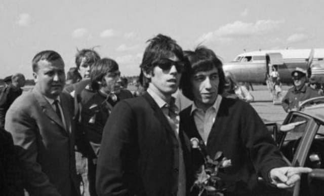 The Rolling Stones Street Fighting Man